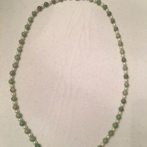 Jewelry - Green strand Pearl and Bead necklace